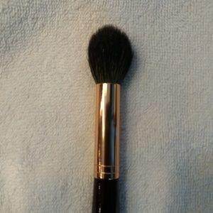 Charlotte Tilbury Powder and Sculpt Brush